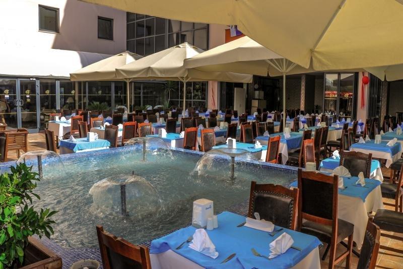 Club Aqua PlazaTerasse